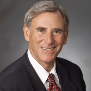 Richard E Damon