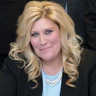 Pamela D Kurt