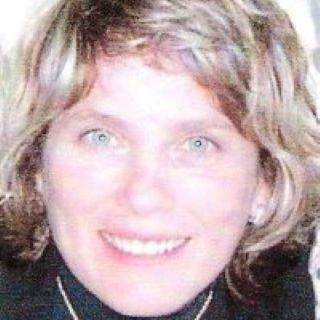 Mary Beth Ayvazian