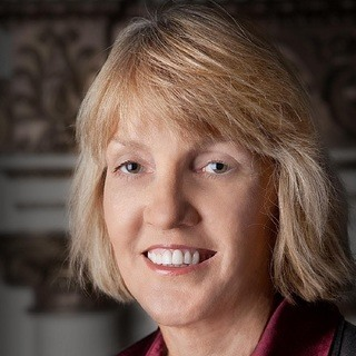 Debbie L Smith