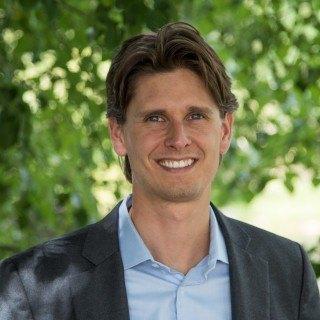 David T Albrechta