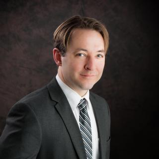 Matthew R Braucher