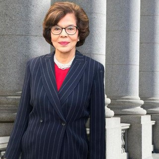 Gloria P Martinez-Senftner