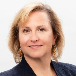Kirsten Dunton
