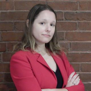 Kelly L Petrakis