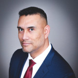 Jason J Navarro