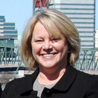 Lynne B Morgan
