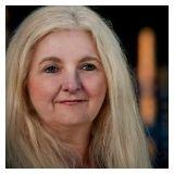 Linda Staples