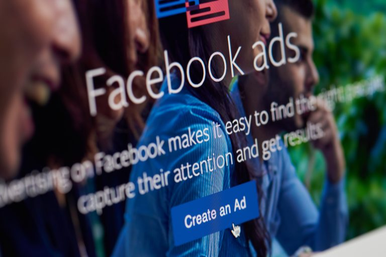 Facebook Fights Lawsuit Based on Facial Recognition Data Collection
