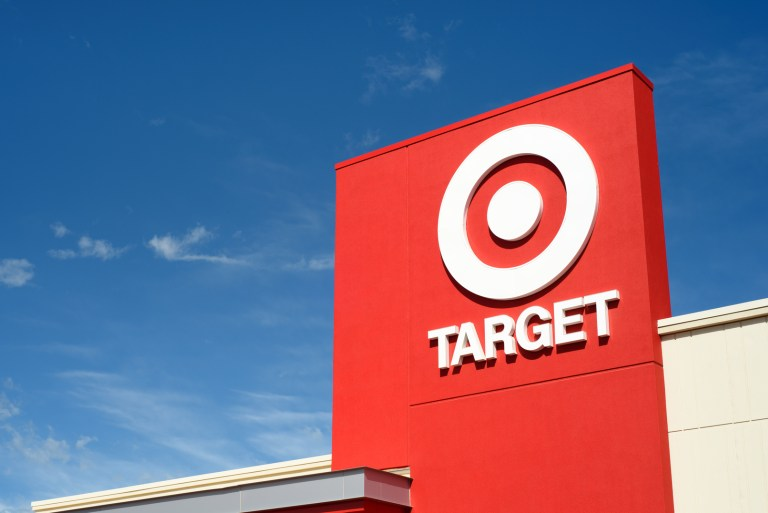Virtual Try-On Patent Infringement Lawsuit Brought Against Target