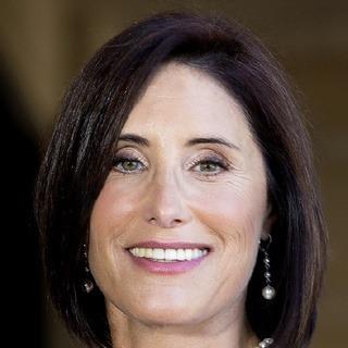 Donna J Marshall